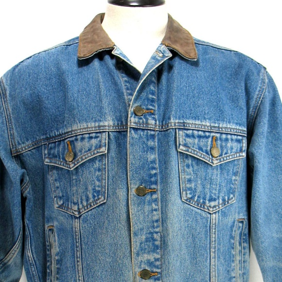 Marlboro Country Store Other - Marlboro Country Store - Denim Trucker Jacket Sz L